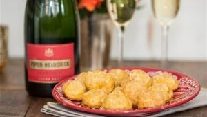 5 ways to serve up pure Hollywood magic at your Oscar party
