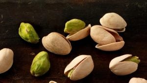 New research calls pistachios superfood for people with desk jobs
