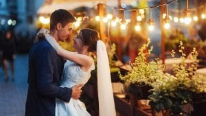 5 essential planning tips to make your outdoor wedding perfect