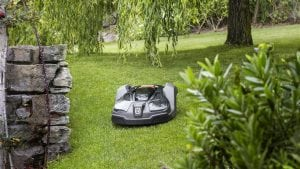 How to get a more sustainable yard this spring with battery-powered products