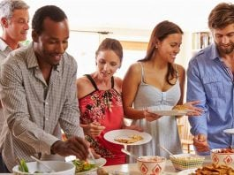 Got company? 5 quick and easy refreshments for summer guests