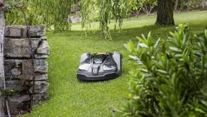 6 ways smart robotics can give you a better lawn